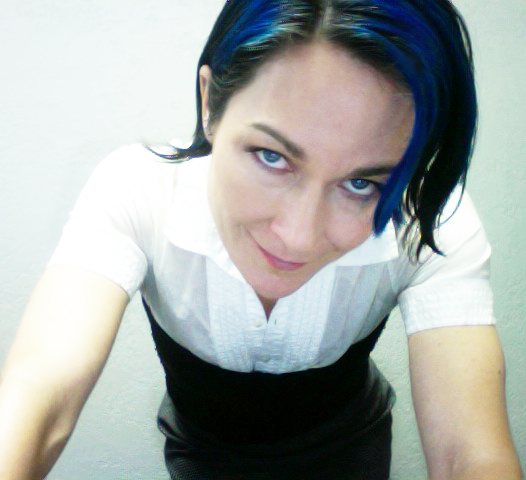 blue-hair-at-work1